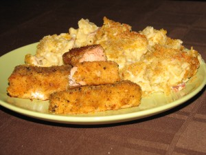 Salmon Sticks, Macaroni & Cheese